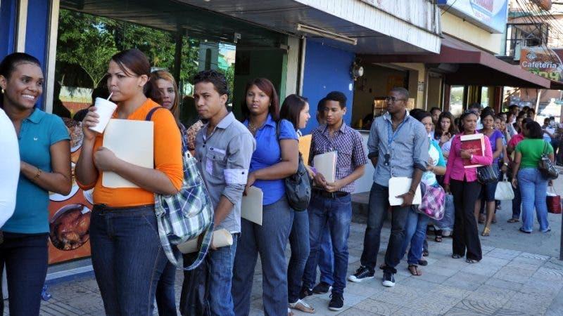 Acciones concretas que proponen los principales candidatos para crear empleos