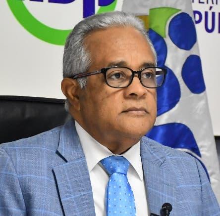 Se retrasa rueda de prensa del ministro de Salud Pública