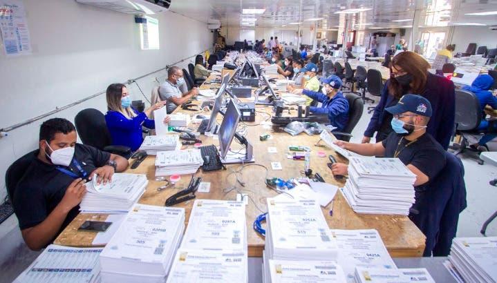 JCE concluye impresión del padrón local para elecciones del 5 de julio