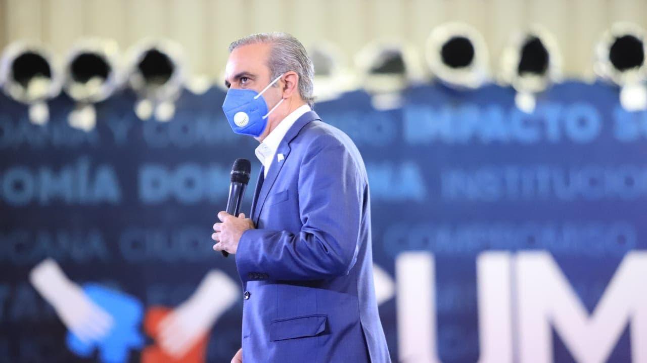 EN VIVO: Encuentro del CONEP con Luis Abinader