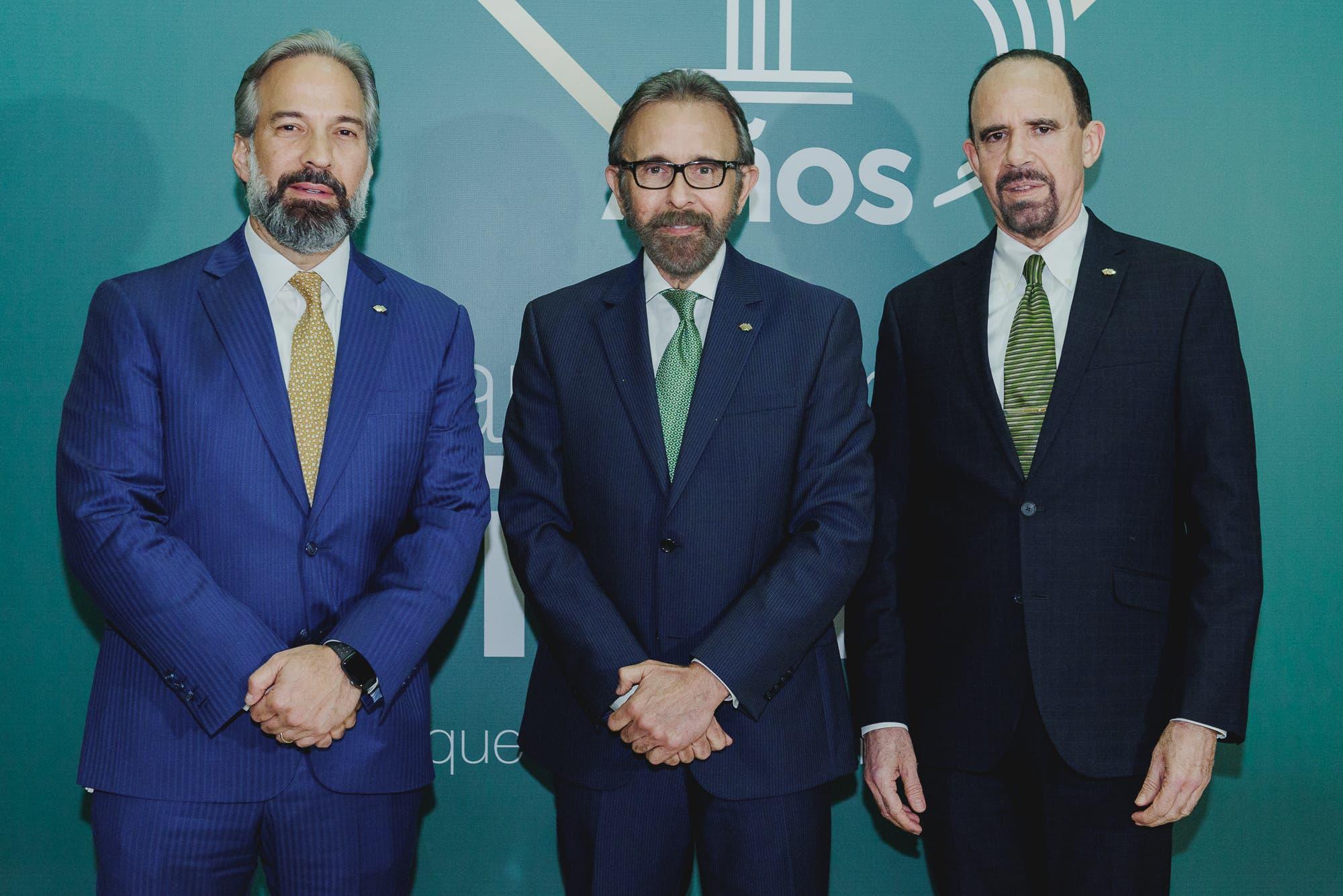 """VIDEO: Banco Caribe presenta campaña """"Creemos en ti, RD"""""""