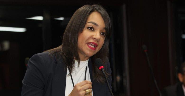 Faride Raful  confirma reintroducirá proyecto de eliminación de instituciones