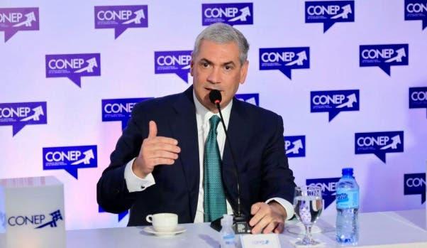 Gonzalo Castillo promete trabajar con sectores empresariales para generar empleos