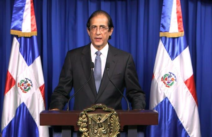 Gobierno anuncia no pasará a Fase 3 de reapertura por aumento casos COVID-19