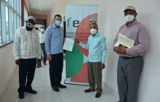 FEDA entrega más de RD$ 60 millones a productores de distintos rubros