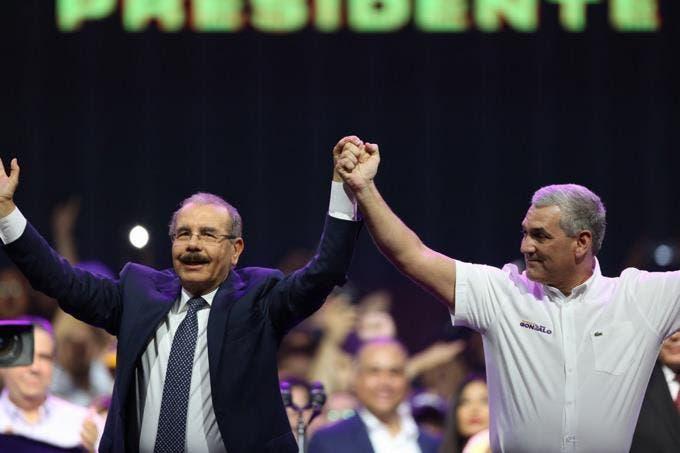 Danilo Medina a peledeístas: Defiendan sus mesas, de lo nacional, como dice Gonzalo, nos ocupamos nosotros