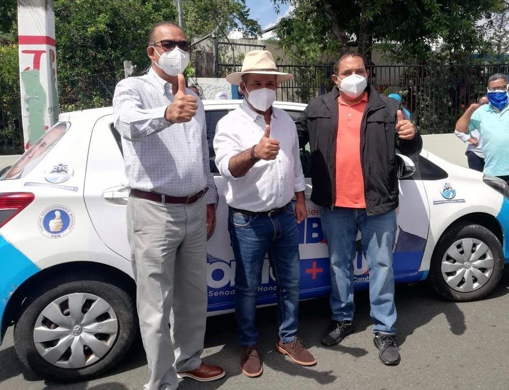 Deligne Ascensión, Héctor Acosta y Orlando Martínez buscan soluciones para el drenaje pluvial de Monseñor Nouel