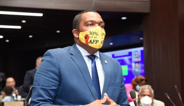 ADAFP rechaza proyecto otorga el 30% de fondos a trabajadores