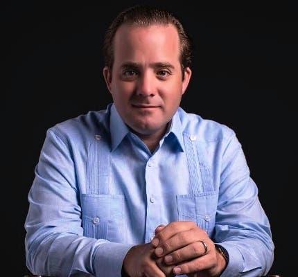 José Ignacio Paliza aclara  video de supuesto camión del PRM repartiendo cerdos