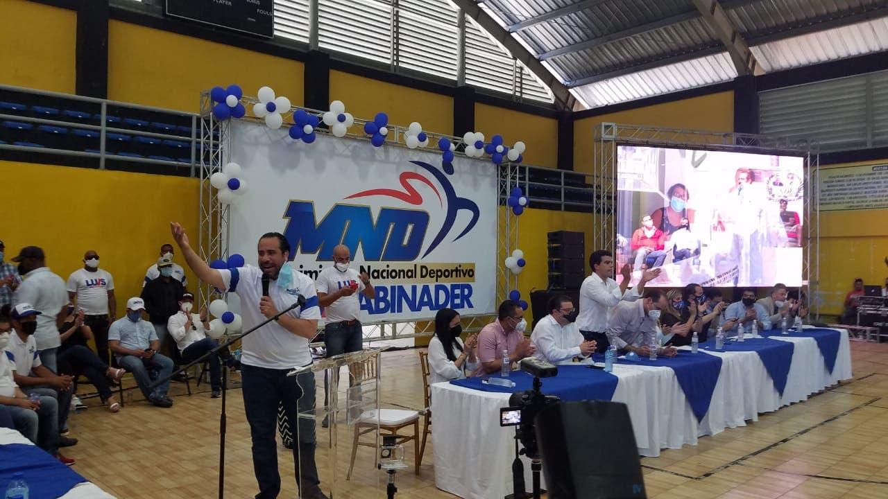 Movimiento Nacional Deportivo recibe apoyo de candidatos del PRM
