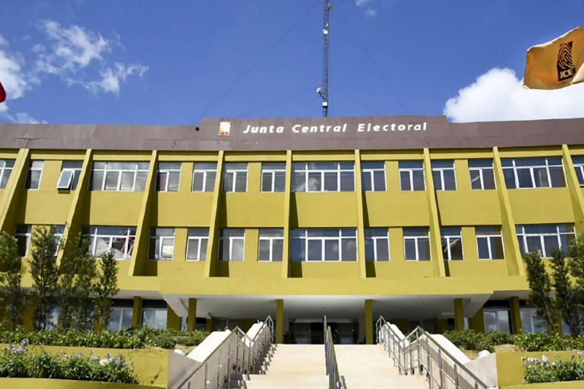 El tiempo que tiene la JCE para terminar de contar los votos de las elecciones
