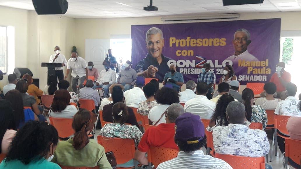 Gonzalo Castillo es la garantía de seguir mejoría de la educación, afirma Radhamés Camacho