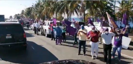 Video: Así va recorrido que encabeza  Danilo Medina en respaldo a Gonzalo Castillo