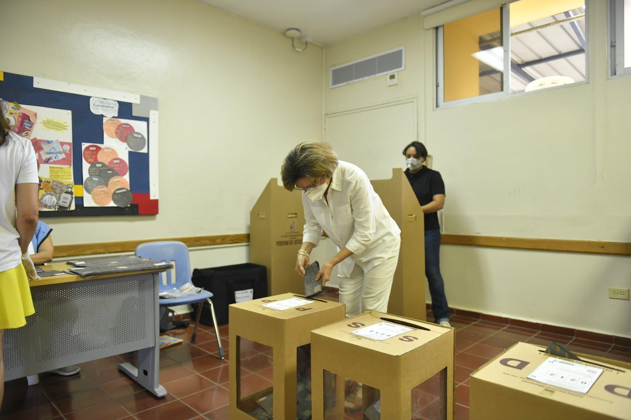 Resultados del voto en el exterior comienzan a llegar al país