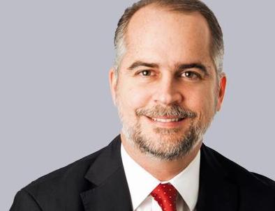 ¿Quién es Alejandro Fernández W, el próximo Superintendente de Bancos?