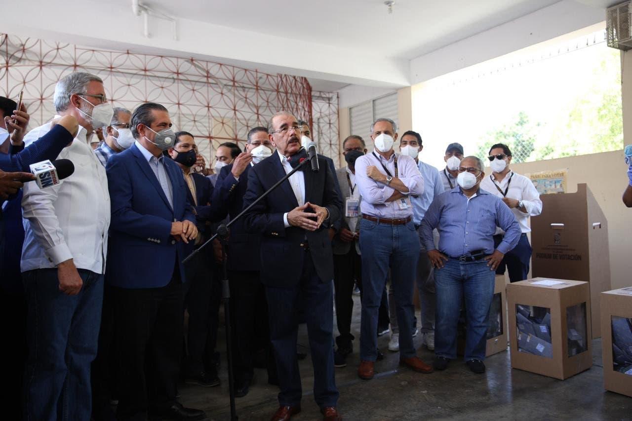 VIDEO: «La gente no es tonta», le dice Danilo Medina a las personas que están haciendo artimañas