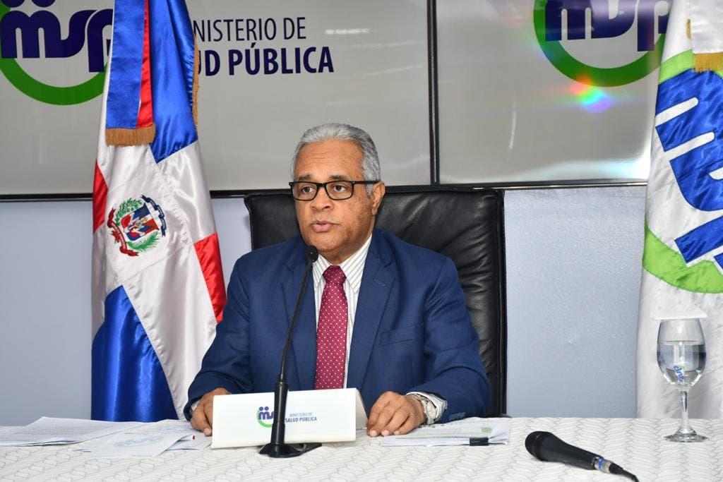 Ministro de salud explica porqué tantos muertos  por covid-19 en últimos días en RD