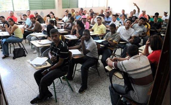 Cerca de un 20% de los estudiantes de UTESA se ha retirado por el COVID-19