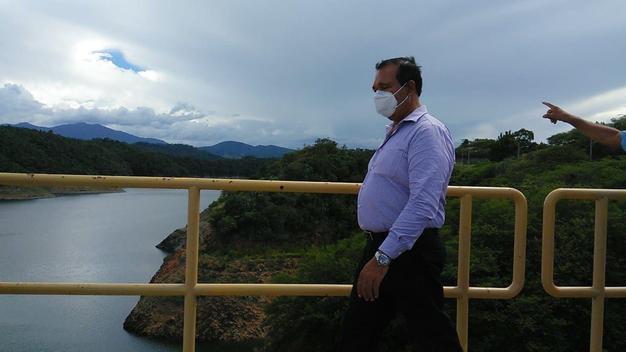 Antonio Marte gestiona solución ambiental para proteger acueductos y presa de Monción