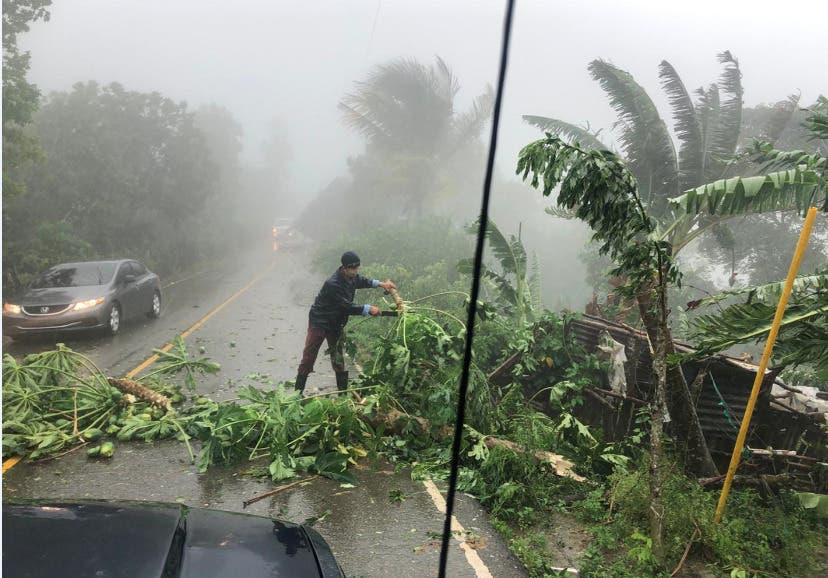 Isaías mantendrá categoría 1 mientras moviliza a Bahamas y sureste de Florida