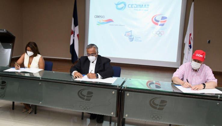Acuerdan realizar pruebas de COVID-19 deportistas dominicanos