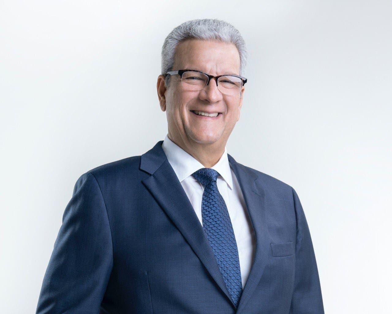 ¿Quién es Lisandro Macarrulla, sustituto de Montalvo como Ministro de la Presidencia?