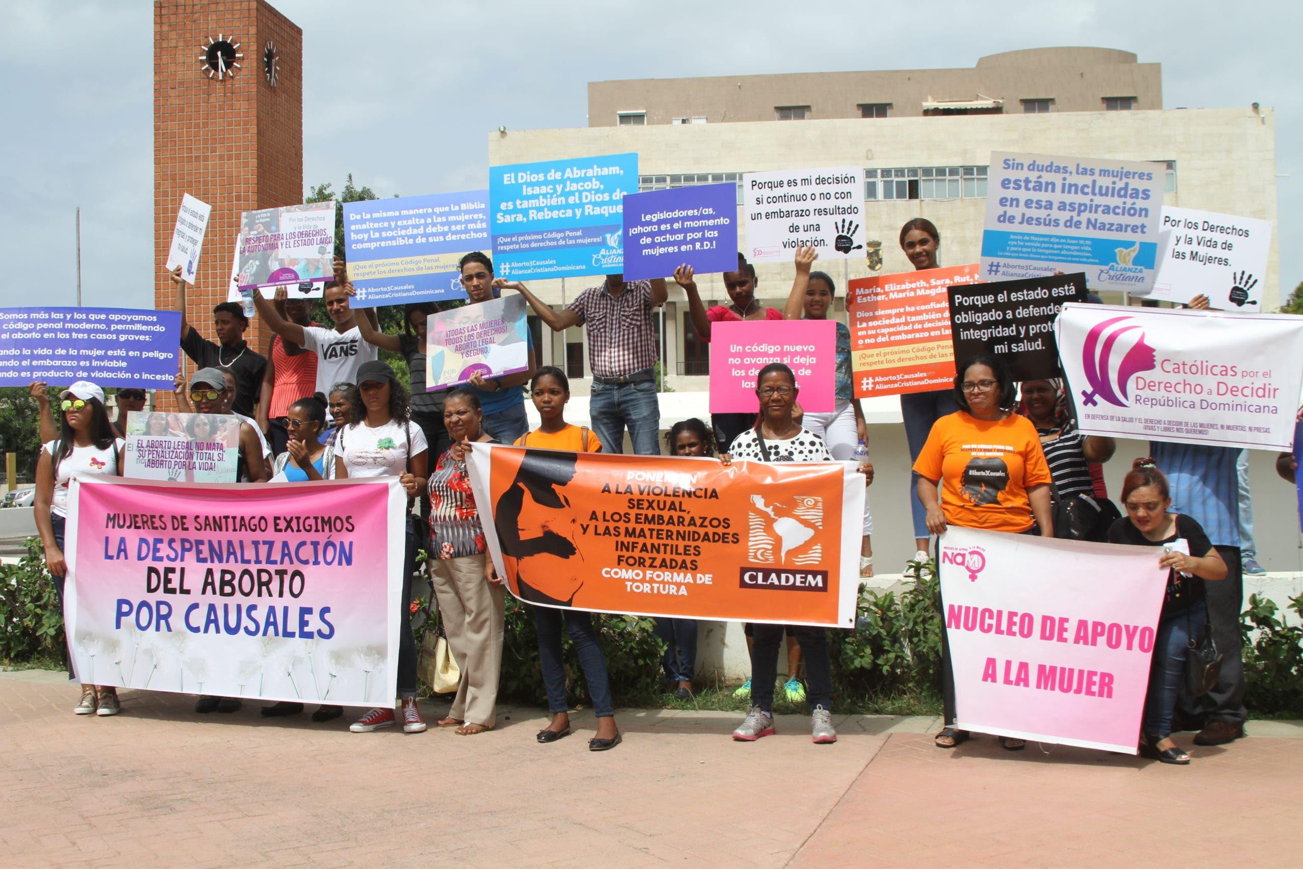Alianza Cristiana Dominicana felicita victoria candidaturas apoyan derechos de las mujeres
