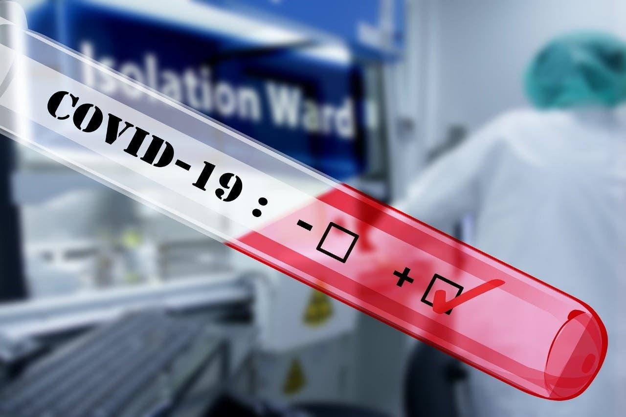 Nuevo récord: 2,012 casos de COVID-19   en un día en República Dominicana