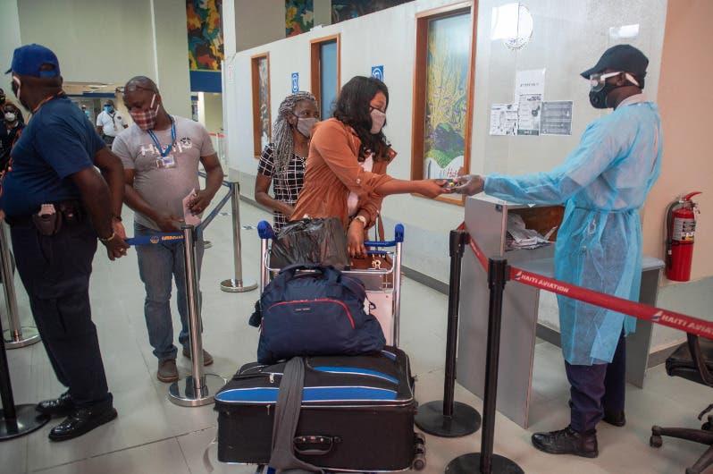 Haití recibe primeros vuelos comerciales tras reabrir sus aeropuertos