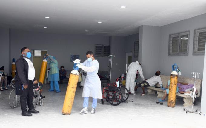 VIDEO: Triste realidad que viven pacientes ingresados por covid-19 en RD