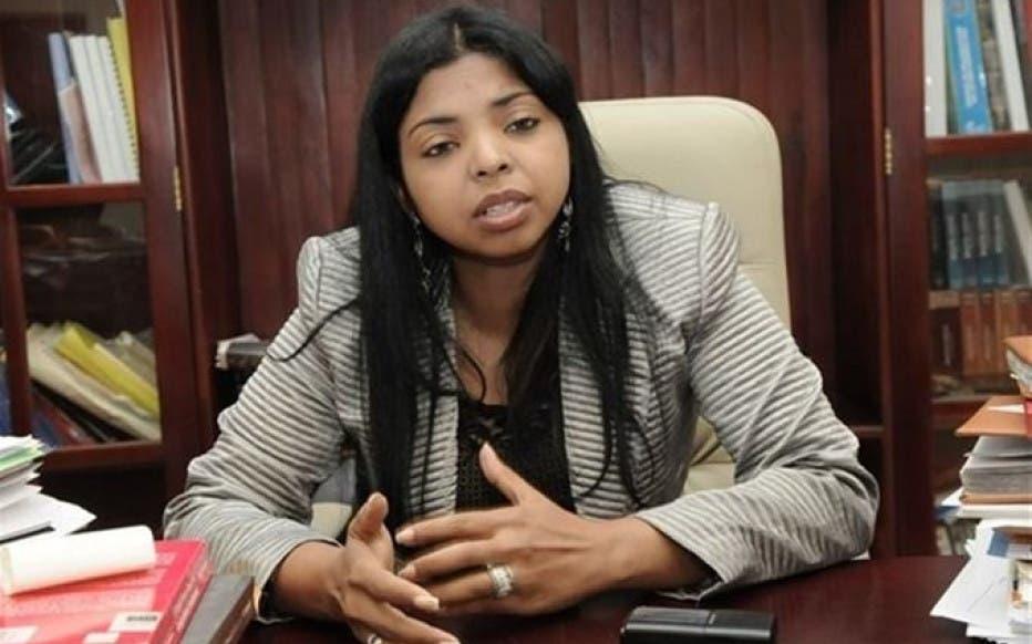 Yeni Berenice dice condición de pareja no puede eximir de pena en relación sexual no consentida