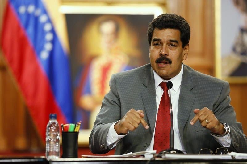 Gobierno de Venezuela indulta a diputados opositores presos y exiliados
