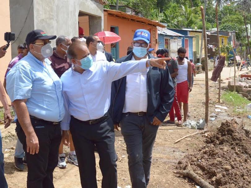 Comisión enviada por Luis Abinader a Hato Mayor evalúa daños ocasionados por Isaías