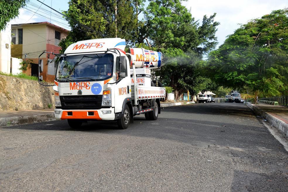 COVID-19: Ponen en operación ocho nuevos camiones para usar en desinfección