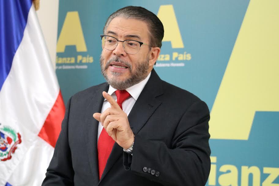 Guillermo Moreno: «Luis Abinader tenía otras opciones antes que endeudar más al país»