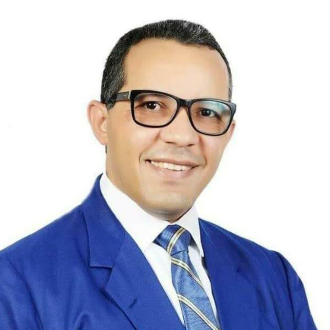 Presidente del Colegio Médico de Santiago está interno por el Covid-19