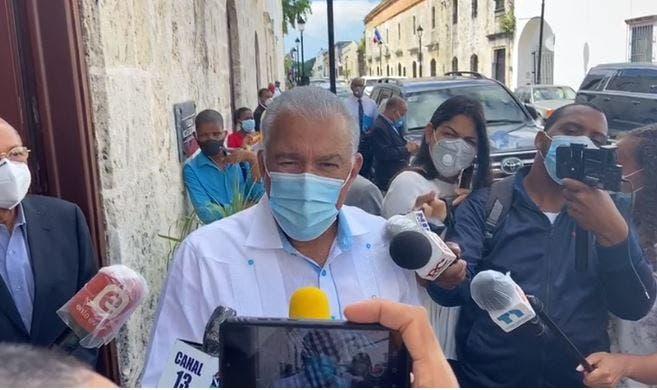 Danilo Medina es el presidente con la cara más dura, asegura Andrés Bautista
