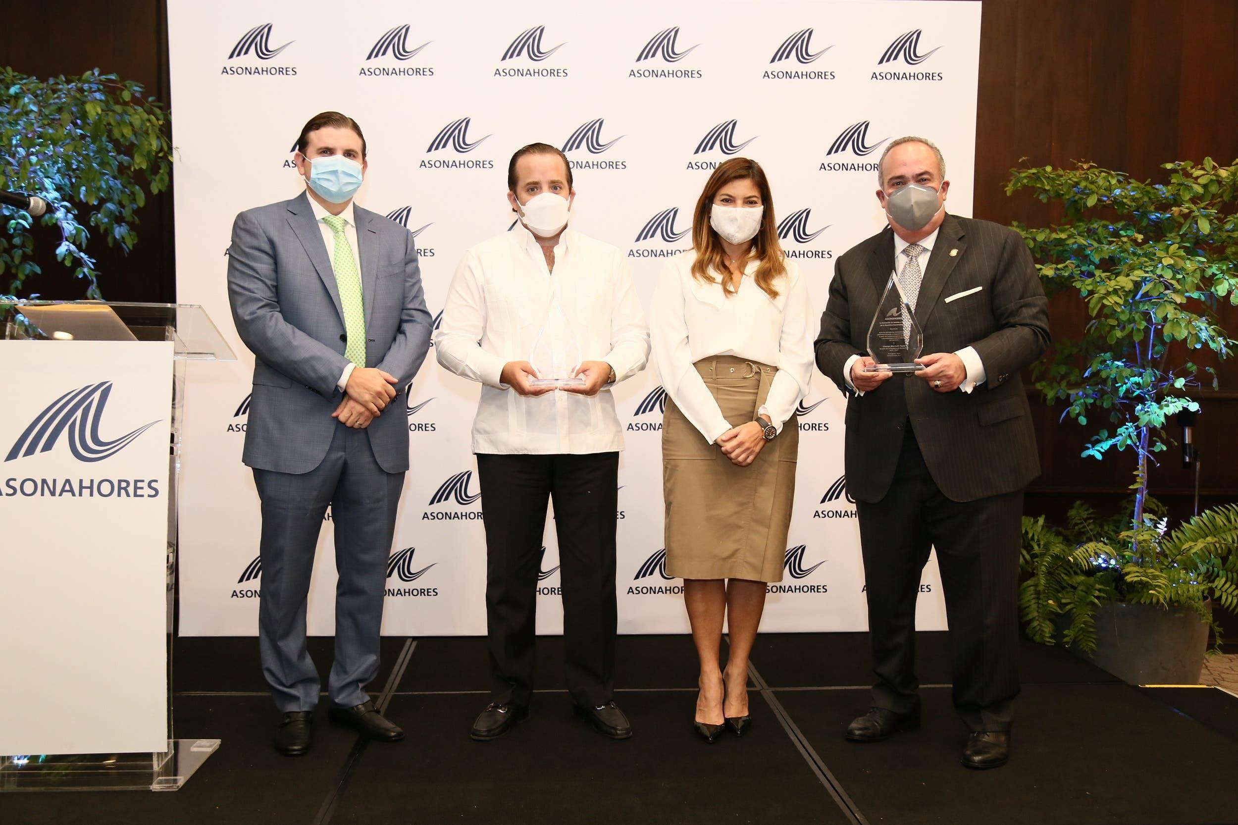 Asonahores reconoce a tres senadores por su apoyo a la industria turística