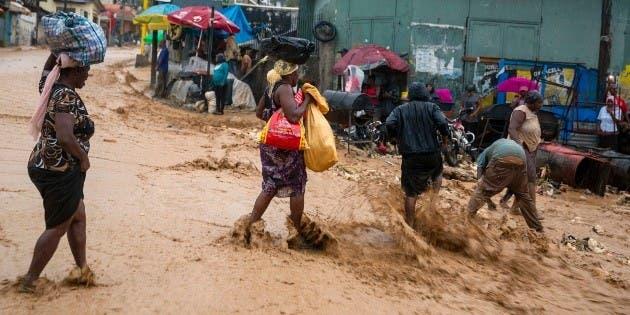 Sube a 21 número de muertos en Haití por tormenta Laura
