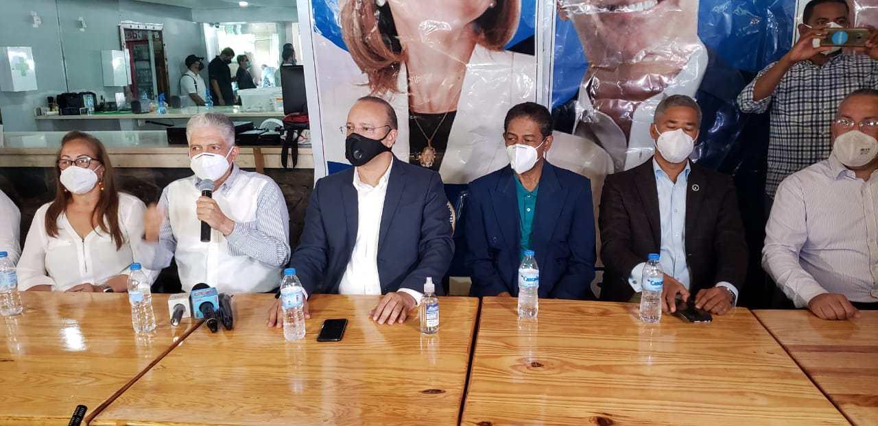 La ansiedad se adueña de la dirigencia del PRM en Santiago que espera por designaciones