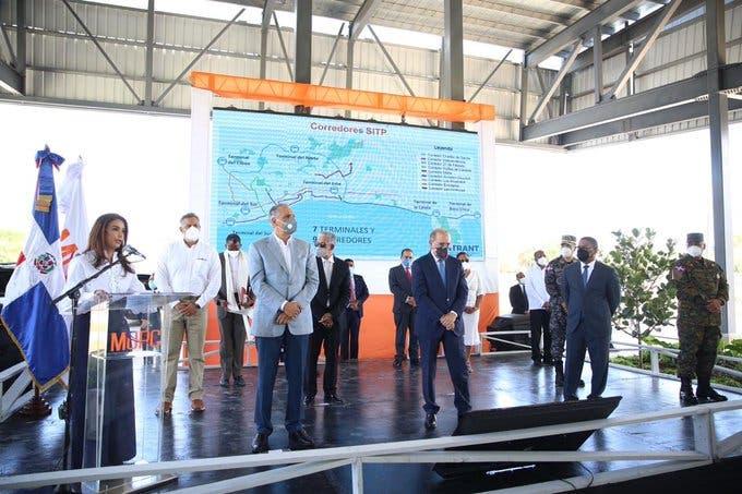 EN FOTOS: Inauguración de terminal de autobuses en Parque del Este