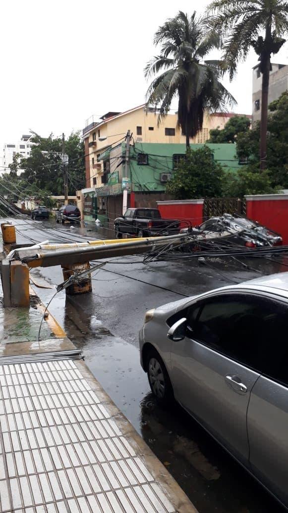 Fotos y video: Daños causados por la tormenta Laura en el Evaristo Morales