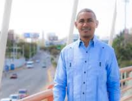 Asegura alcaldesa del Distrito Nacional lleva 100 días perdidos