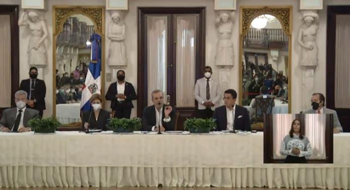 Así prevé  Luis Abinader recuperar el sector turismo impactado por COVID-19