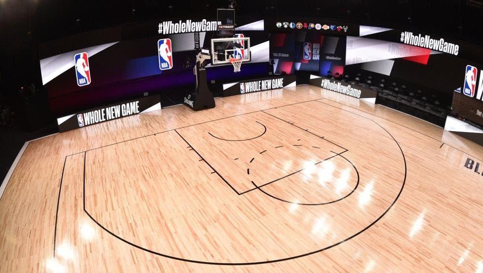 La NBA estudia que la próxima temporada empiece en varias burbujas