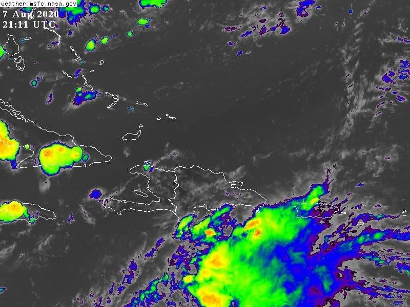 Se proveen lluvias para esta noche  por onda tropical