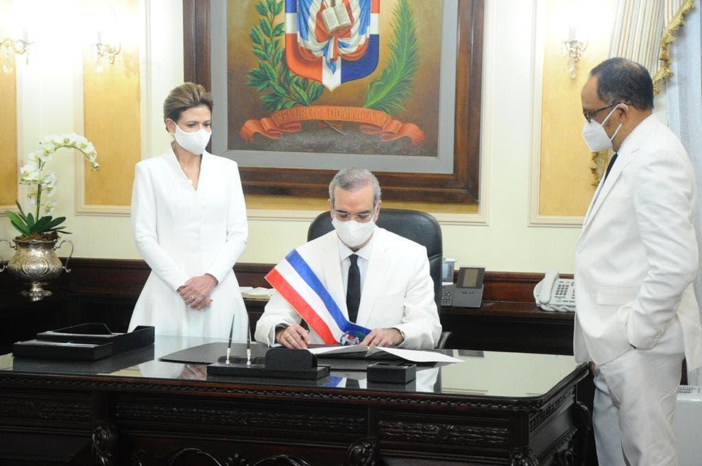En fotos: Los primeros pasos de Abinader como presidente de todos los dominicanos