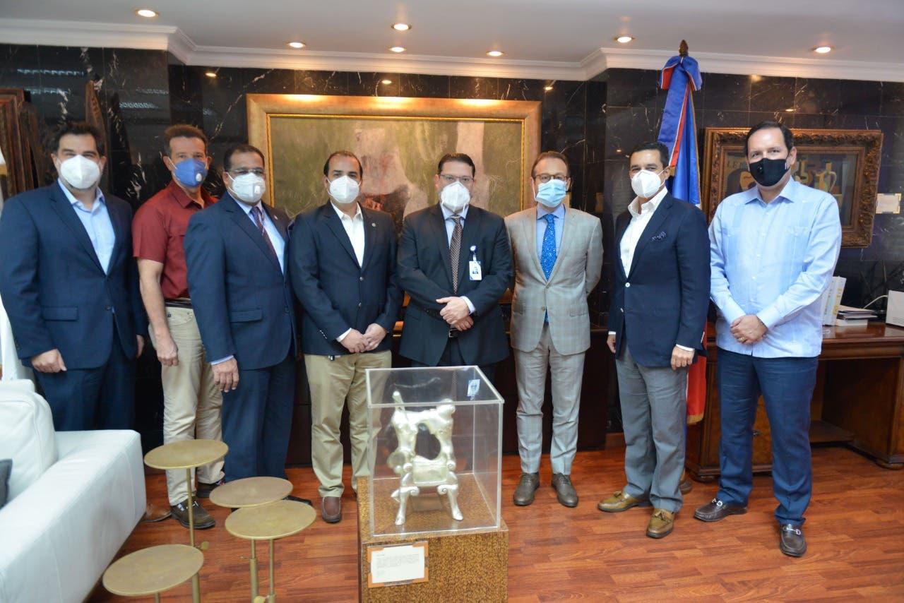 Director de Aduanas sostiene reunión de trabajo con RIVLAS