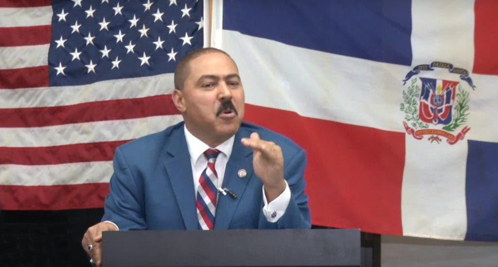 Yomare Polanco refuta presidente del PRM en Nueva York