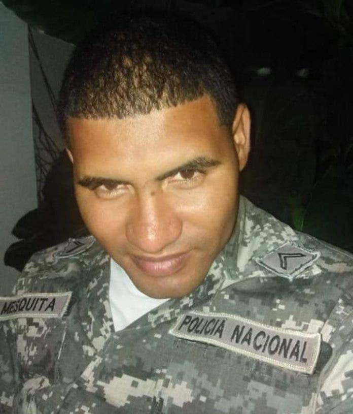 Policía es asesinado mientras trataba de impedir un asalto en Herrera